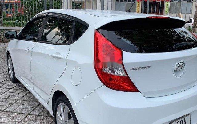 Xe Hyundai Accent sản xuất năm 2014, màu trắng, nhập khẩu0