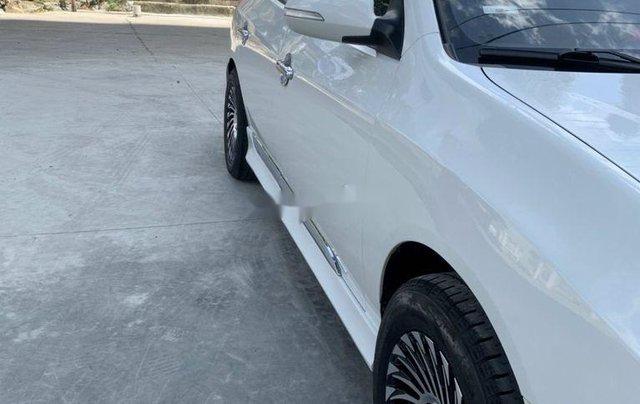 Bán ô tô Hyundai Avante năm sản xuất 2014, màu trắng, 305tr6