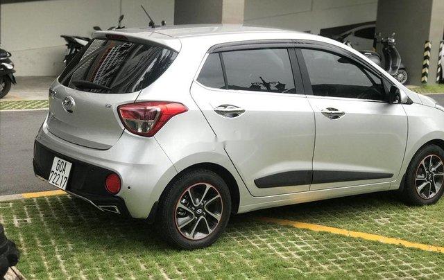 Cần bán Hyundai Grand i10 2019, màu bạc6