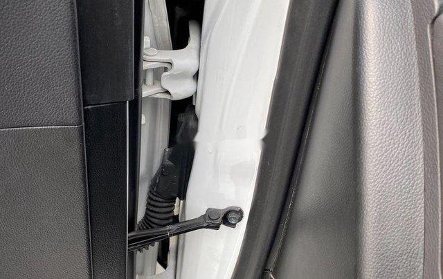 Cần bán lại xe Chevrolet Cruze 2017, màu trắng, giá 345tr4
