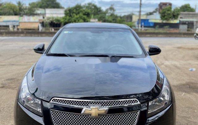 Bán xe Chevrolet Cruze đời 2010, màu đen chính chủ, giá tốt0