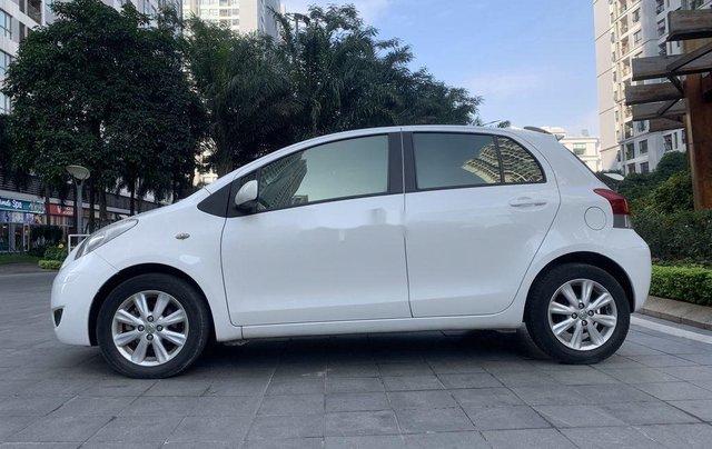 Bán Toyota Yaris sản xuất 2010, màu trắng, nhập khẩu còn mới, giá tốt3