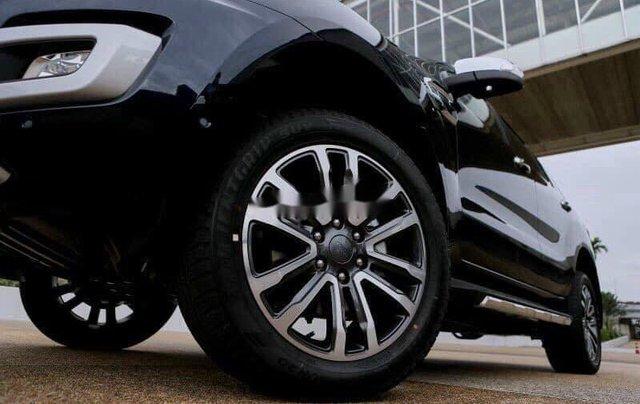 Bán xe Ford Everest sản xuất năm 2020, màu đen6