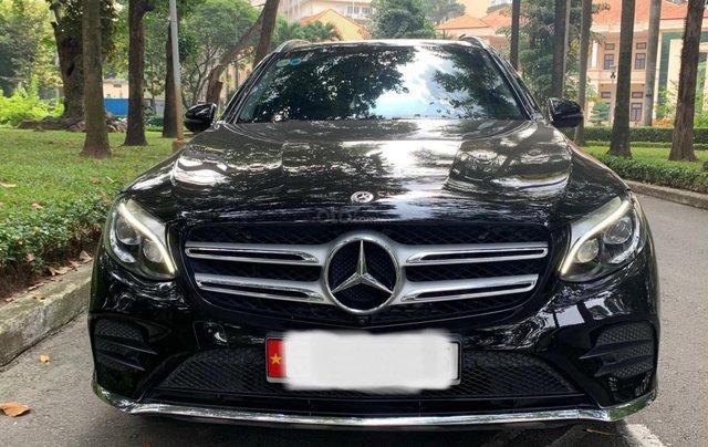 Mercedes GlC 300 SX 2018 màu đen/kem, xe đã check hãng cẩn thận - odo 30.000km - hỗ trợ bank ngân hàng0