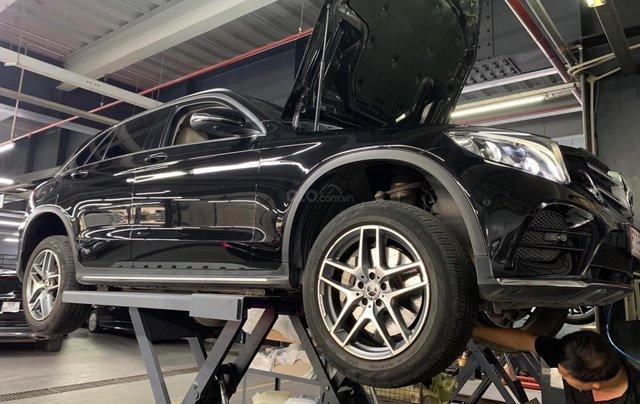 Mercedes GlC 300 SX 2018 màu đen/kem, xe đã check hãng cẩn thận - odo 30.000km - hỗ trợ bank ngân hàng6