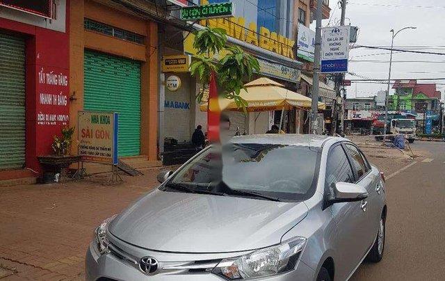 Bán Toyota Vios đời 2014, màu bạc chính chủ, 339 triệu1