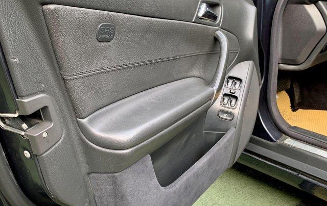 Cần bán Mercedes-Benz C class C180 màu xanh, sx năm 20028