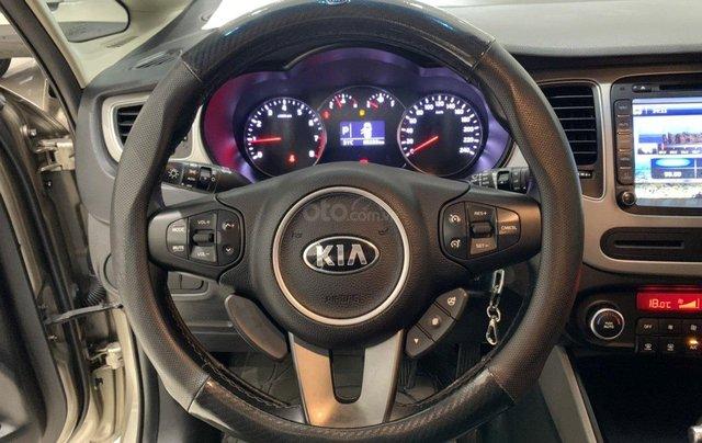 Bán xe Kia Rondo 2.0 GAT 2016, tự động, màu vàng cát, xe gia đình, mới đi 65.000 km6