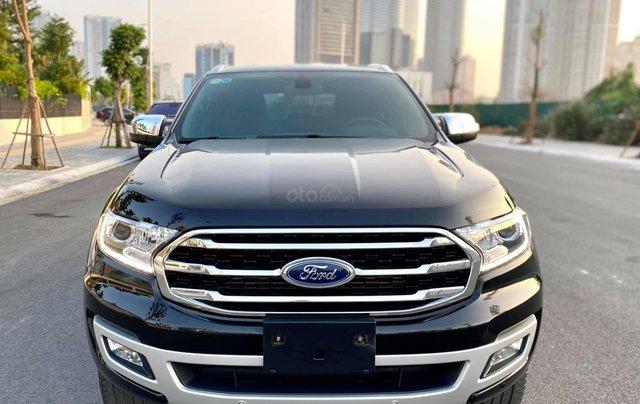 Cần bán xe Ford Everest 2019 màu đen0