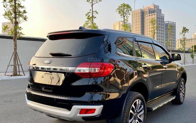 Cần bán xe Ford Everest 2019 màu đen5