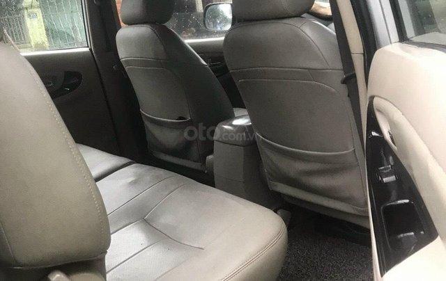 Cần bán gấp chiếc Toyota Innova đời 2007 màu bạc xe chính chủ còn mới5