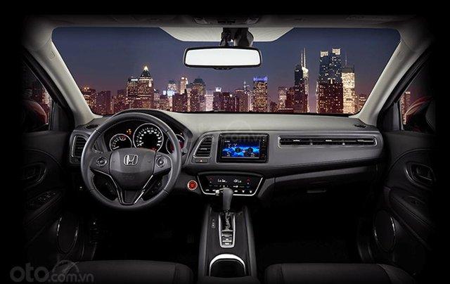 Hỗ trợ mua xe giá thấp với chiếc Honda HR-V 1.8G giao nhanh toàn quốc5