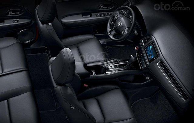 Hỗ trợ mua xe giá thấp với chiếc Honda HR-V 1.8G giao nhanh toàn quốc4