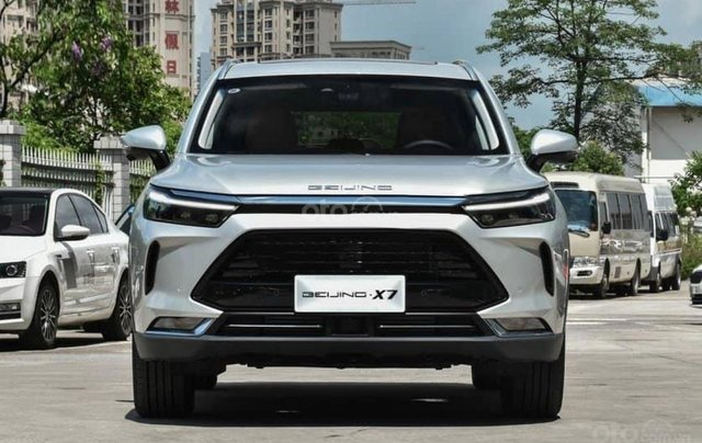 BAIC Beijing X7 2020 1.5 MT, động cơ xăng, màu bạc giá cả canh tranh1