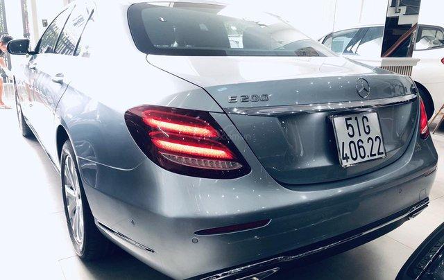 Bán Mercedes E200 2016 đăng ký 2017 xe đẹp chất lượng bao check hãng0