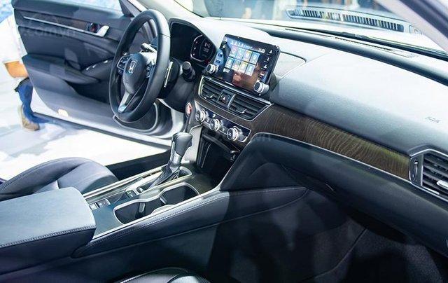 Giảm giá sâu với chiếc Honda Accord 1.5L Turbo đời 2020, giao nhanh toàn quốc5
