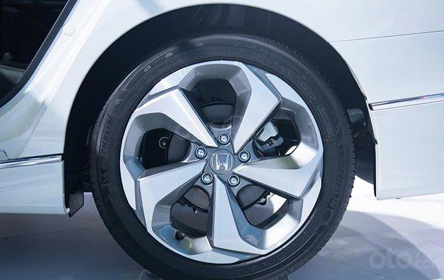 Giảm giá sâu với chiếc Honda Accord 1.5L Turbo đời 2020, giao nhanh toàn quốc3