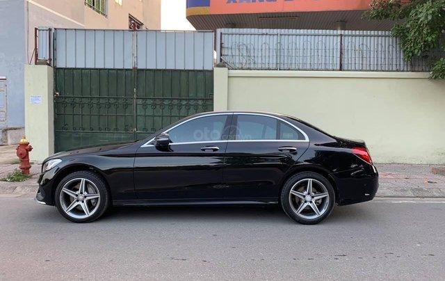 Xe chính chủ bán Mercedes C300 AMG sx 2015 màu đen nội thất đen, sang trọng đầy đẳng cấp, xe cam kết zin1