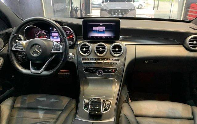 Xe chính chủ bán Mercedes C300 AMG sx 2015 màu đen nội thất đen, sang trọng đầy đẳng cấp, xe cam kết zin5