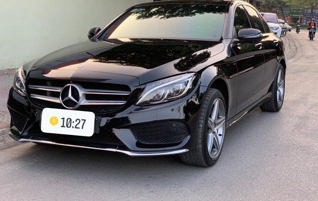 Xe chính chủ bán Mercedes C300 AMG sx 2015 màu đen nội thất đen, sang trọng đầy đẳng cấp, xe cam kết zin4