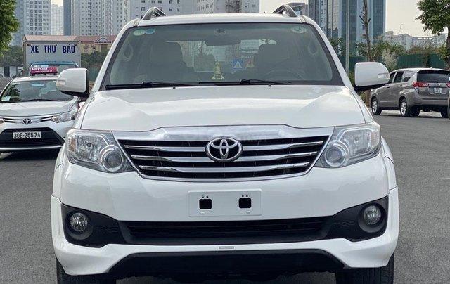 Mua xe giá thấp với chiếc Toyota Fortuner Sportivo sản xuất 20153