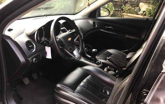 Bán Chevrolet Cruze 2017, màu đen, 355tr3