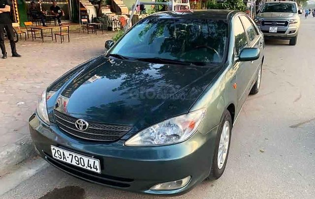 Cần bán Toyota Camry đời 2002, màu xanh lam, nhập khẩu nguyên chiếc số tự động0
