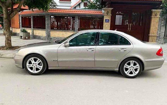 Cần bán xe Mercedes E200 Kompressor sản xuất 20084