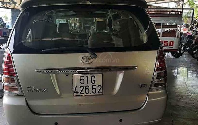 Bán Toyota Innova sản xuất 2008, màu bạc, giá chỉ 295 triệu4