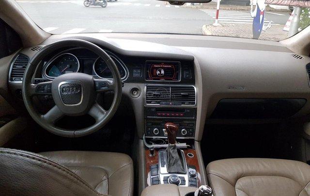 Cần bán xe Audi Q7 năm 2007 xe 7 chỗ, gia đình đi nên xe rất đẹp bảo dưỡng định kỳ, giá cực kỳ hấp dẫn5