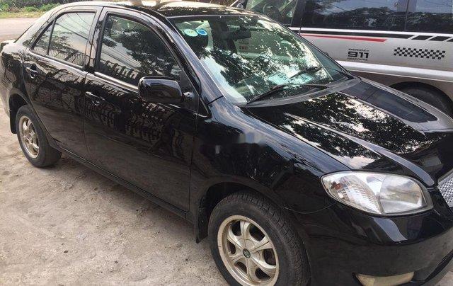 Cần bán gấp Toyota Vios đời 2005, màu đen chính chủ, 128tr4