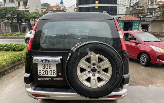 Cần bán xe Ford Everest đời 2008, màu đen, nhập khẩu còn mới, 325tr4