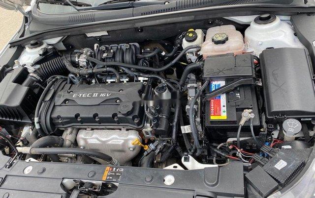 Cần bán lại xe Chevrolet Cruze 2017, màu trắng, giá 345tr5