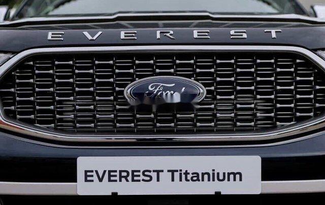 Bán xe Ford Everest sản xuất năm 2020, màu đen2