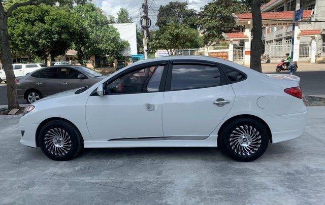 Bán ô tô Hyundai Avante năm sản xuất 2014, màu trắng, 305tr4