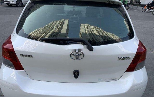 Bán Toyota Yaris sản xuất 2010, màu trắng, nhập khẩu còn mới, giá tốt6