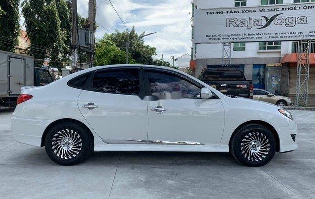 Bán ô tô Hyundai Avante năm sản xuất 2014, màu trắng, 305tr3