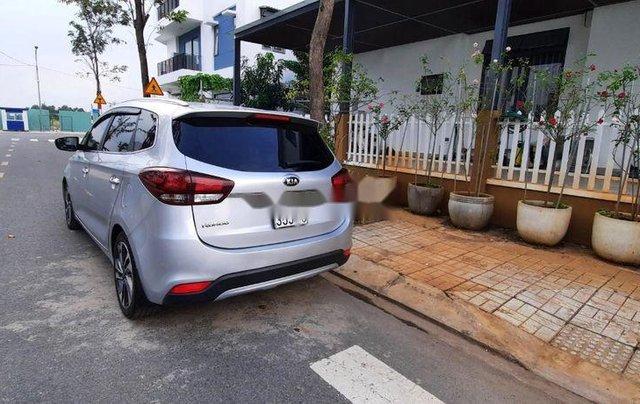 Bán xe Kia Rondo năm 2017, giá chỉ 498 triệu3