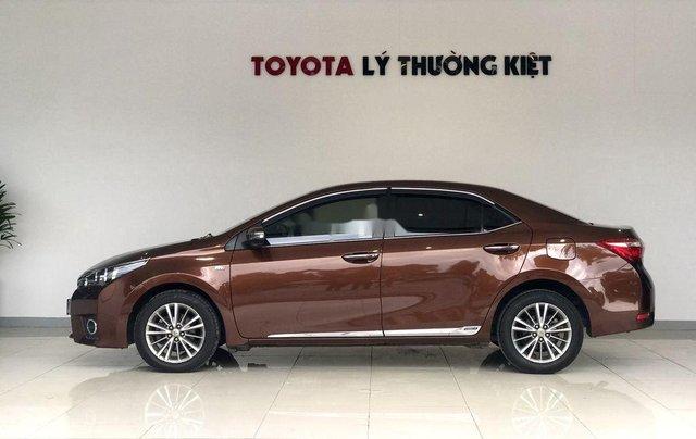 Bán Toyota Corolla Altis năm sản xuất 2014, màu nâu chính chủ, giá 560tr2