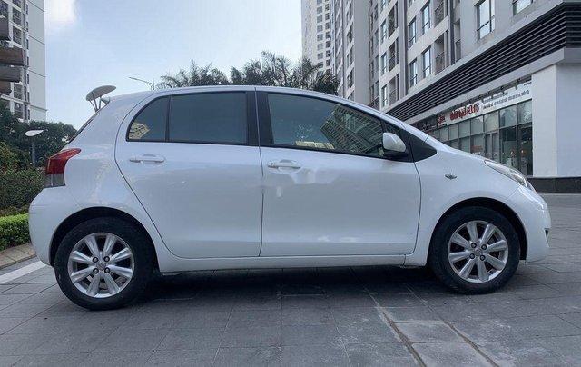 Bán Toyota Yaris sản xuất 2010, màu trắng, nhập khẩu còn mới, giá tốt2