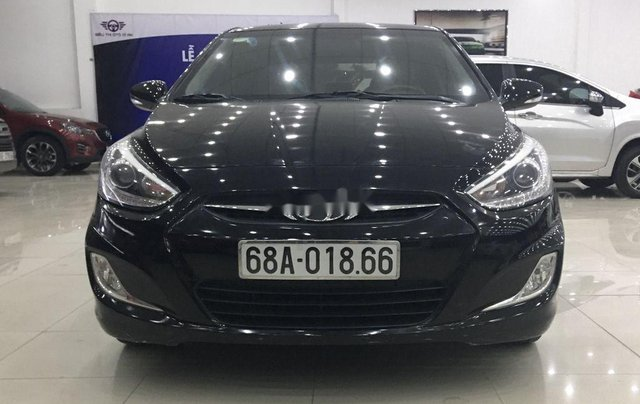 Bán Hyundai Accent năm 2013, màu đen, nhập khẩu nguyên chiếc còn mới, 369tr4