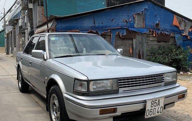 Bán Nissan Bluebird năm sản xuất 1988, xe nhập1