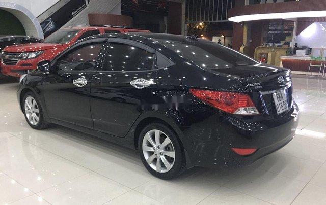 Bán Hyundai Accent năm 2013, màu đen, nhập khẩu nguyên chiếc còn mới, 369tr1