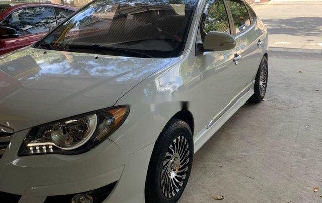 Bán ô tô Hyundai Avante năm sản xuất 2014, màu trắng, 305tr2