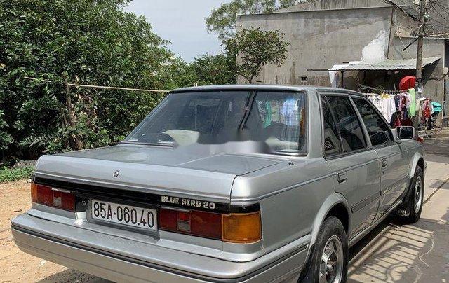 Bán Nissan Bluebird năm sản xuất 1988, xe nhập4