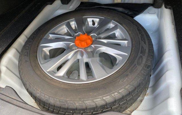 Xe Toyota Vios đời 2019, màu trắng số sàn11