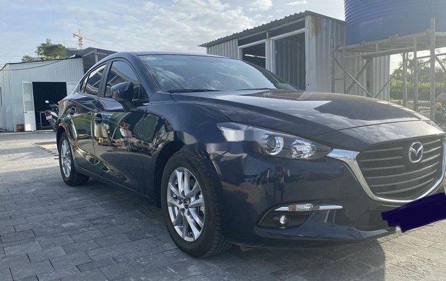 Cần bán gấp Mazda 3 sản xuất năm 2019, màu xanh lam1