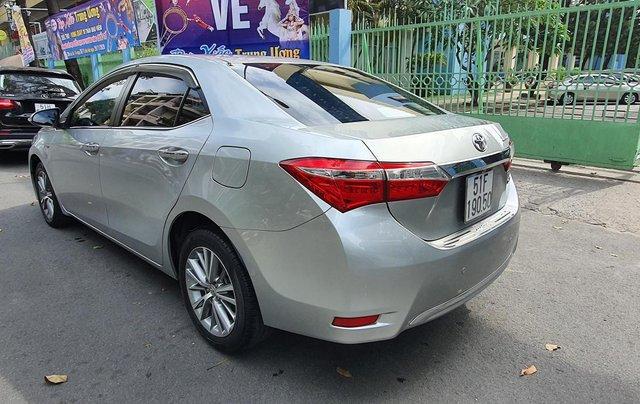 Cần bán xe Toyota Corolla Altis năm 2015, màu bạc8