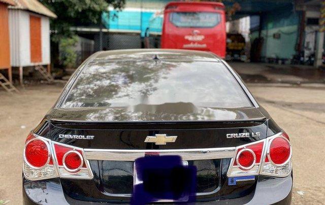 Bán xe Chevrolet Cruze đời 2010, màu đen chính chủ, giá tốt2