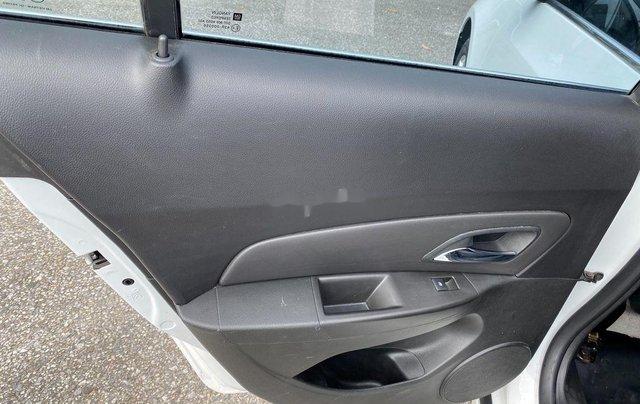 Cần bán lại xe Chevrolet Cruze 2017, màu trắng, giá 345tr2